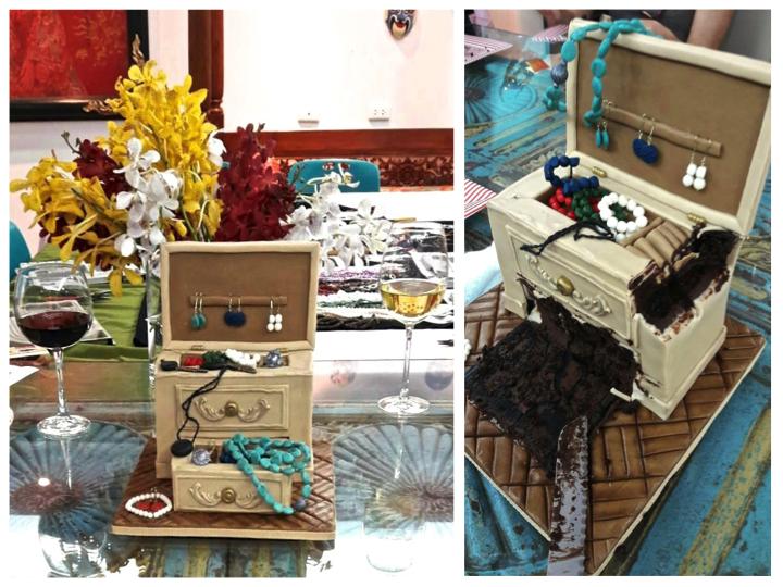 Jewellery Box Cake - Customised Cake