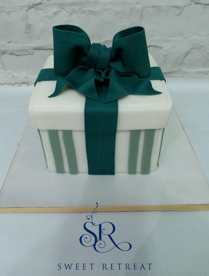 - Price & Description34. Present Style CakeFondant Covered Cake with Fondant Ribbon and Bow.6-inch Vanilla cake with vanilla buttercream = 3,250baht8-inch vanilla cake with vanilla buttercream =3,650 baht6-inch Chocolate cake with Chocolate buttercream =3,500 baht8-inch Chocolate cake with Chocolate buttercream =3,900 baht6-inch Red Velvet cake with White Chocolate buttercream =3,750 baht8-inch Red Velvet cake with White Chocolate buttercream =4,150 baht