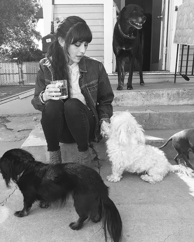 H A P P Y B I R T H D A Y 🕯 to the Co-founder of @_mane_salon_ ! Things you might know or not know about Sheena @ize_of_sheen is her immense love for animals !  If you have a furry friend give them extra kisses today! 💕