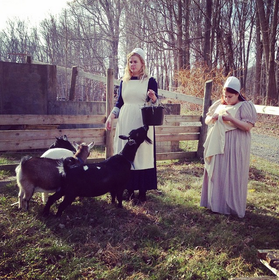 """Amish Women Confess Their Endless Sins"""