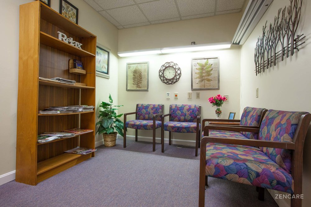 Cindy+Jones,+LMHC_Zencare_Therapist+in+Pawtucket-1.jpg