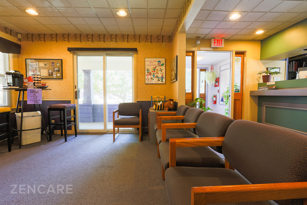 Zencare_Kimberly Endres Office_2.jpg