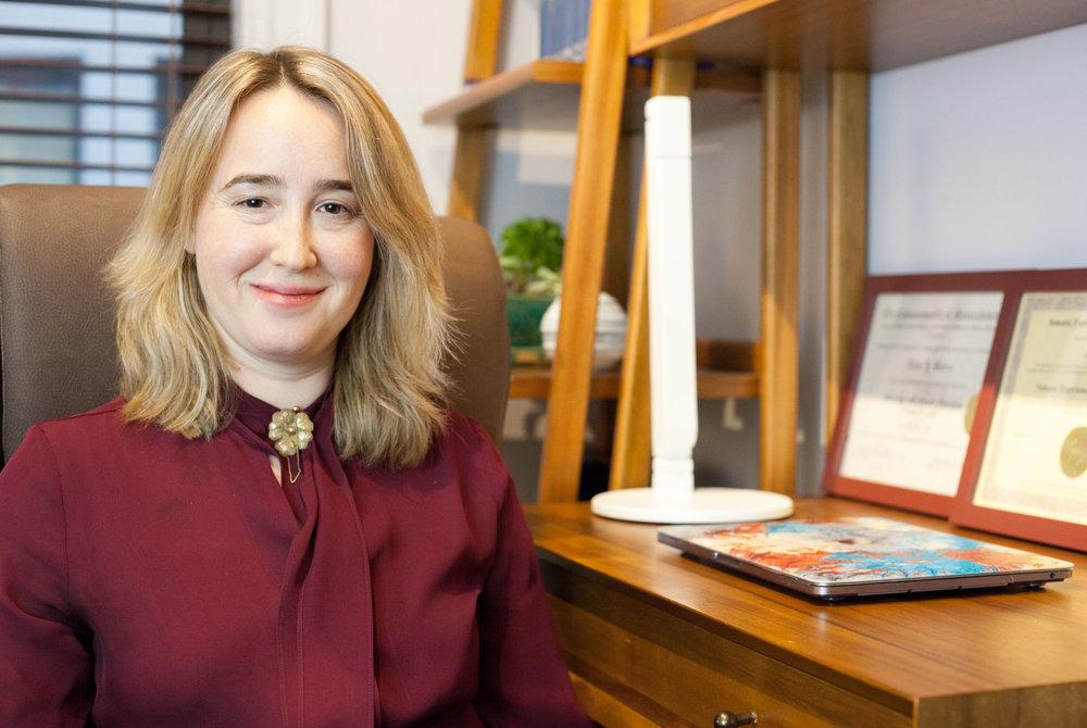 Julia Barry LMFT-2.jpg