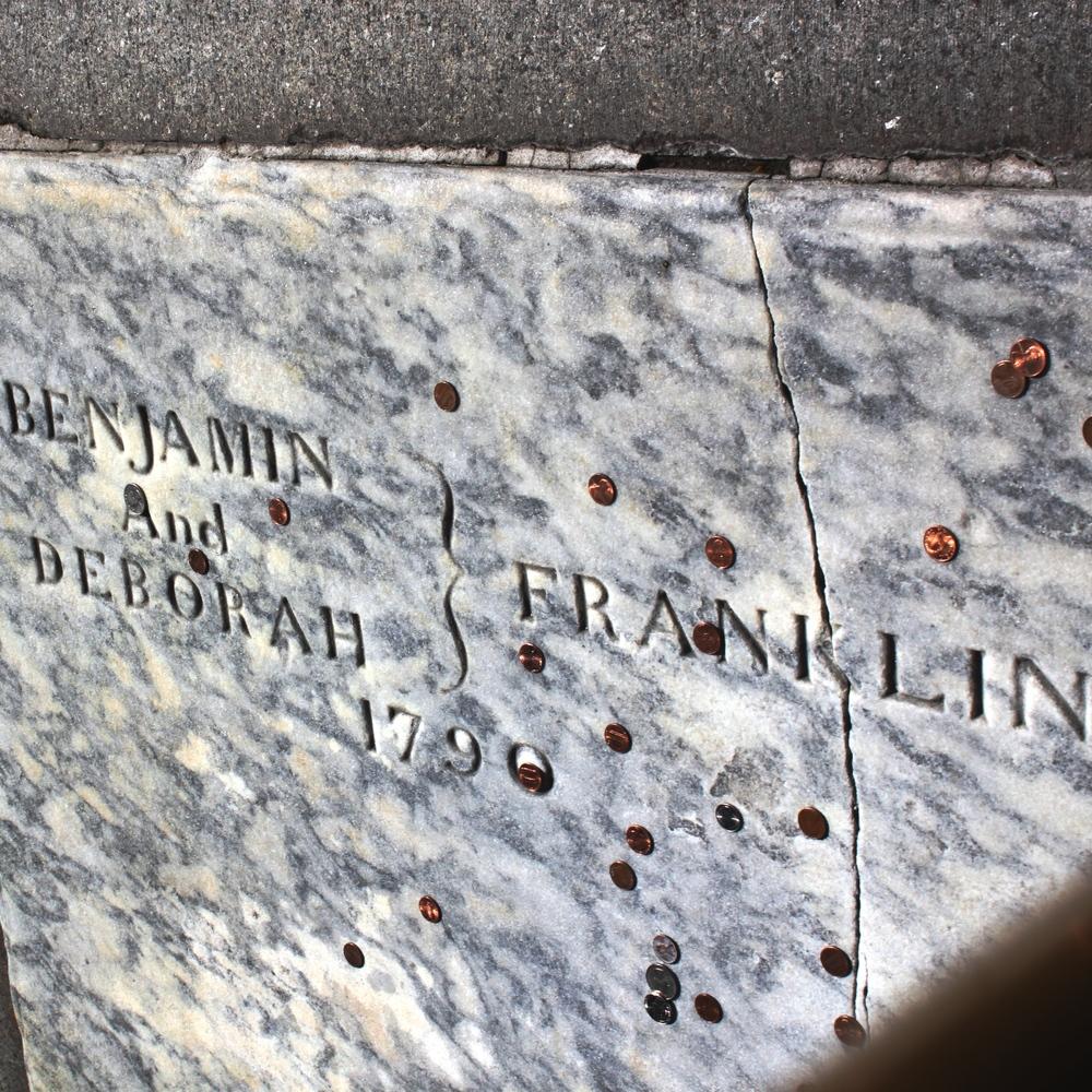 Franklin's+Grave.jpg