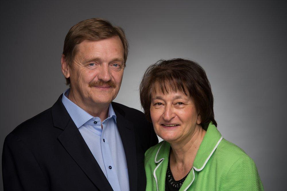 Photo Peter & Debbie.jpg