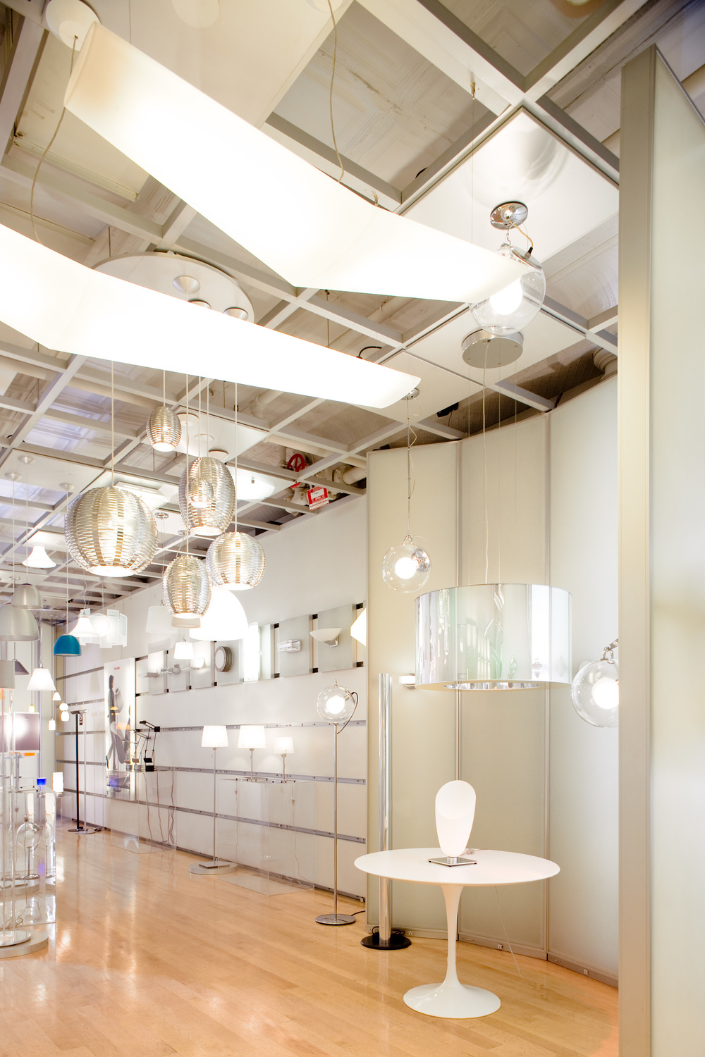 Artemide, Display