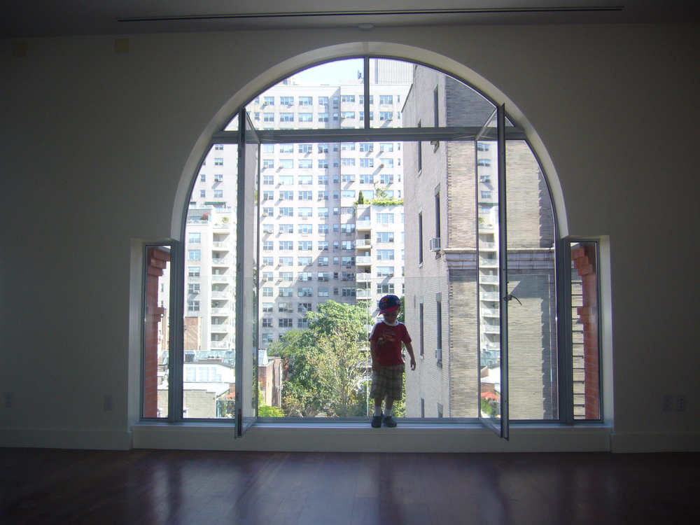 171 MacDougal, Large Arch Window