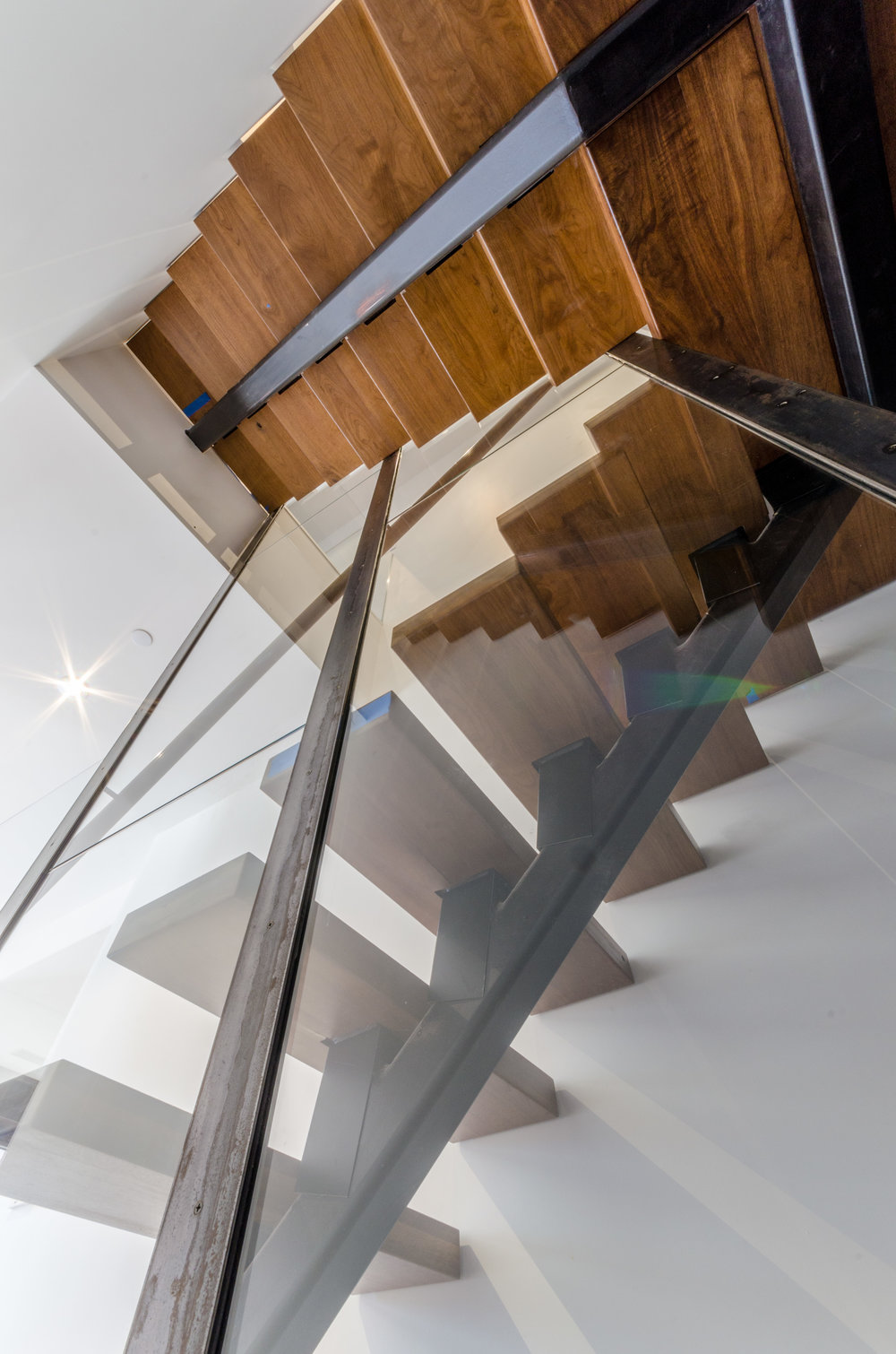 TRAstudio_173WestBroadway_Tribeca_4th Floor Interior_Stair_Glass_Underneath.jpg