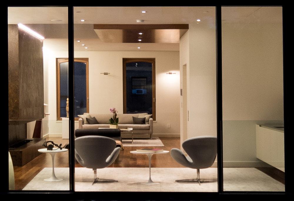 2017-10-20 - Exterior, Living Room, Courtyard-6.jpg