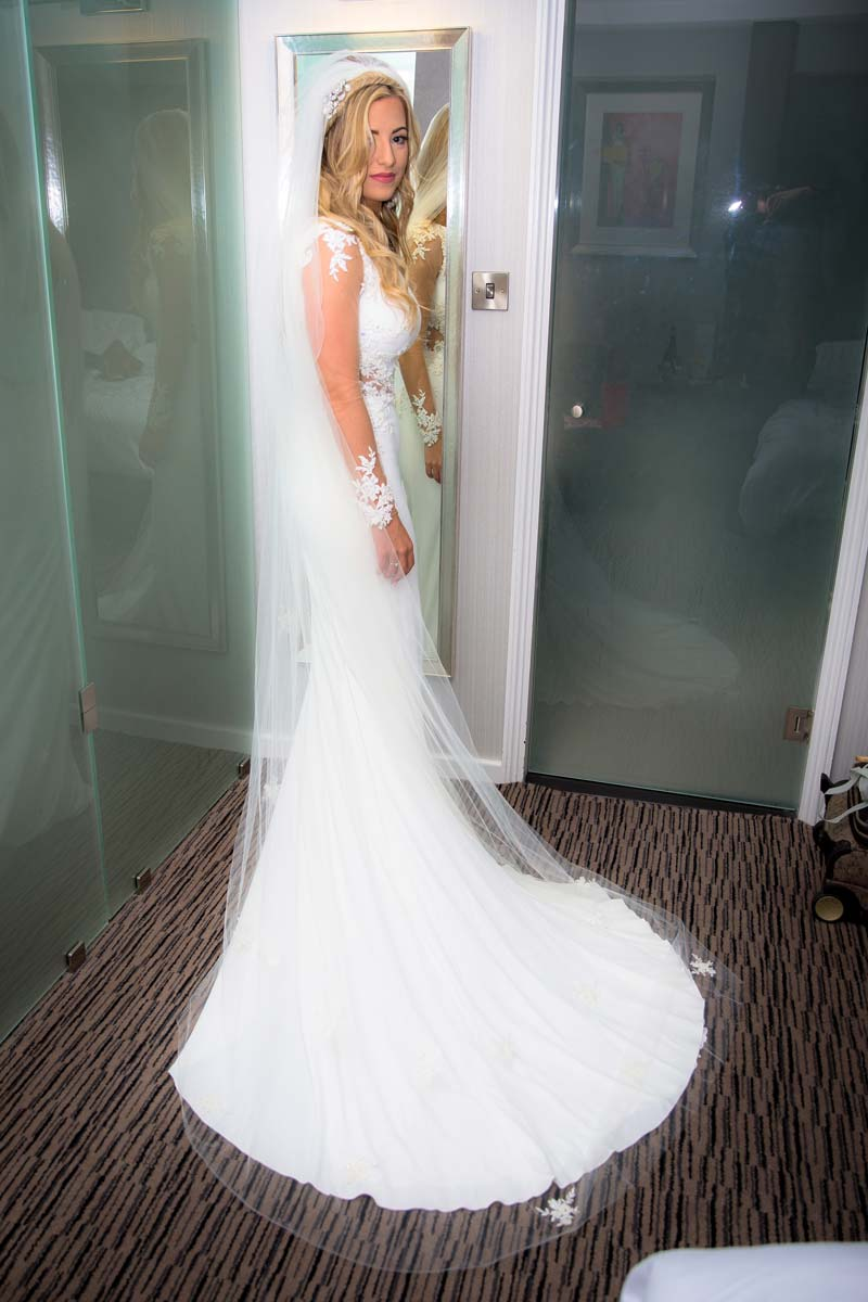dress1.jpgweb.jpg