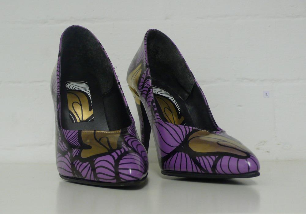 heels front.JPG