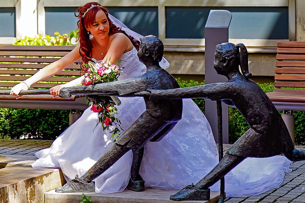 The Bride Pulls