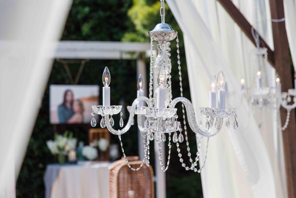chandelier 2.jpg