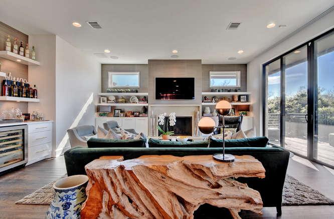 Maria Anna Living Room