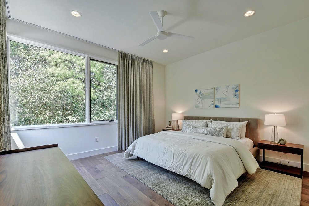 Wild Basin Pool House Bedroom
