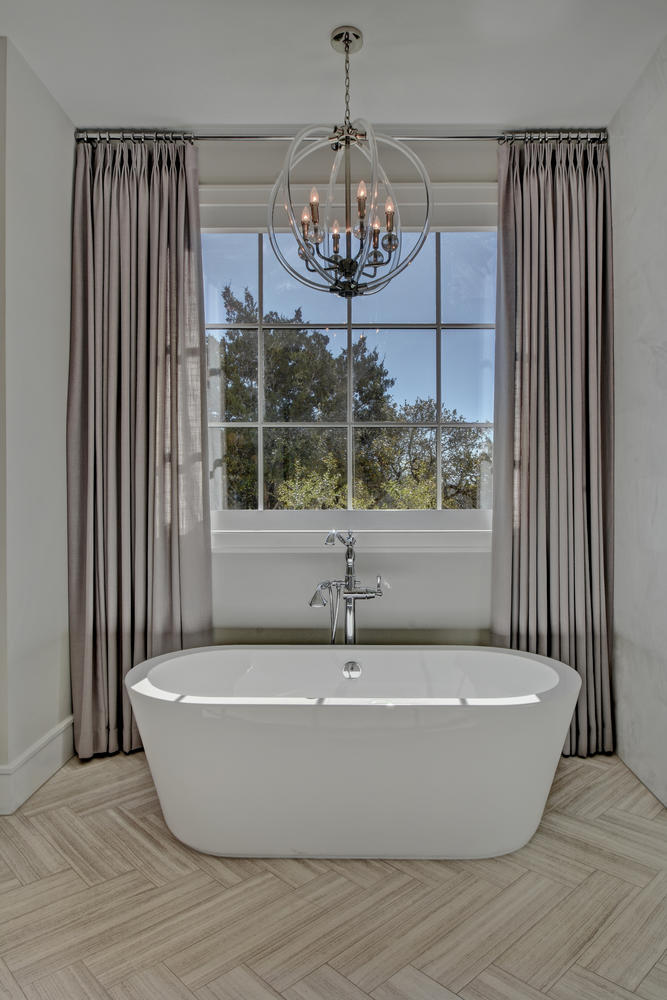 Spanish Oaks Master Bathroom