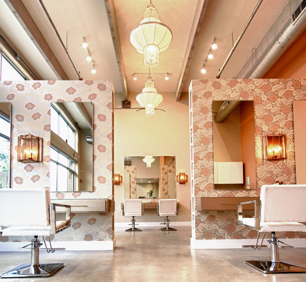 ROAR SALON