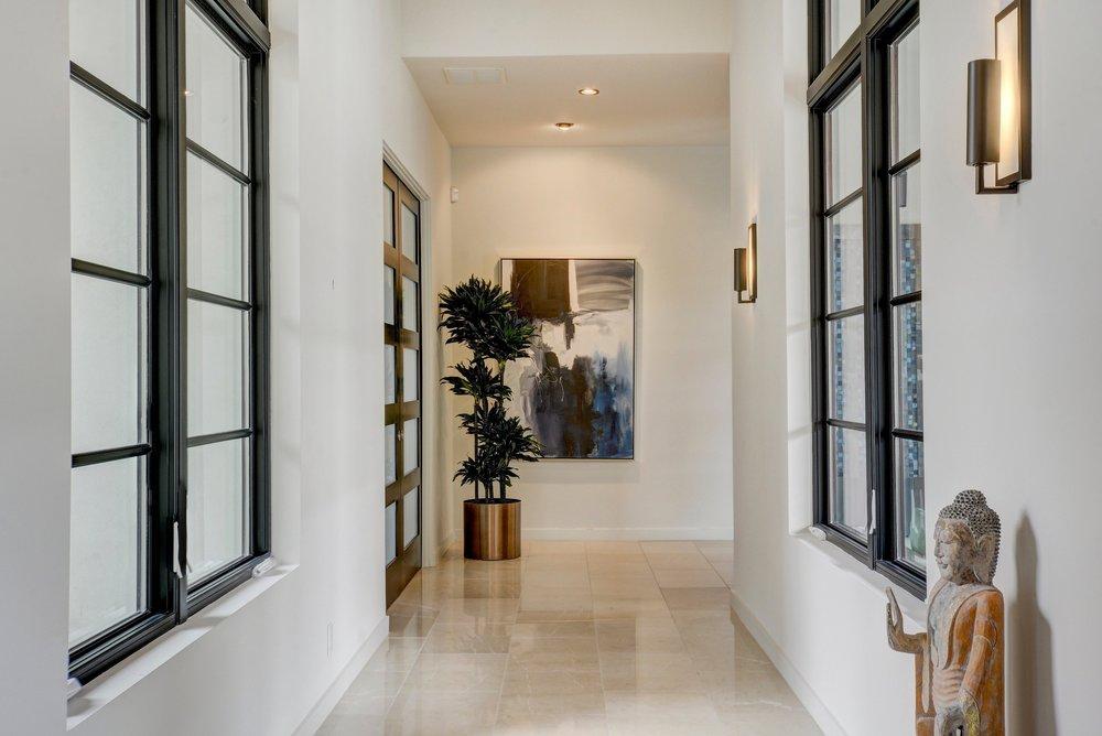 Cortona II Hallway