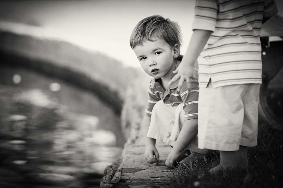 boys lake side
