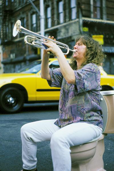 color-trumpet