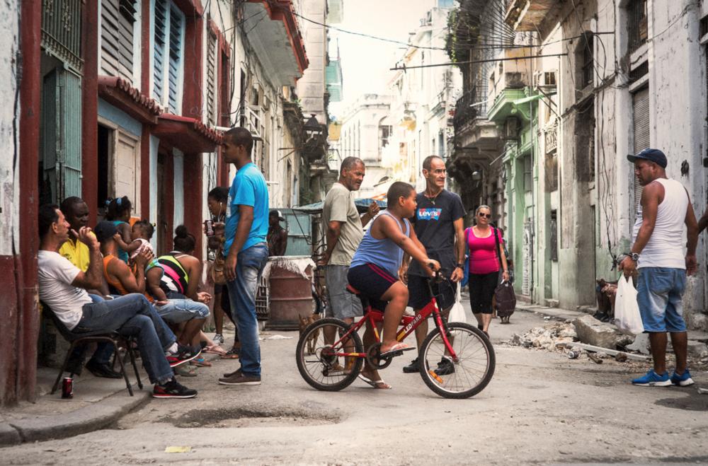havana-street-photography.jpg