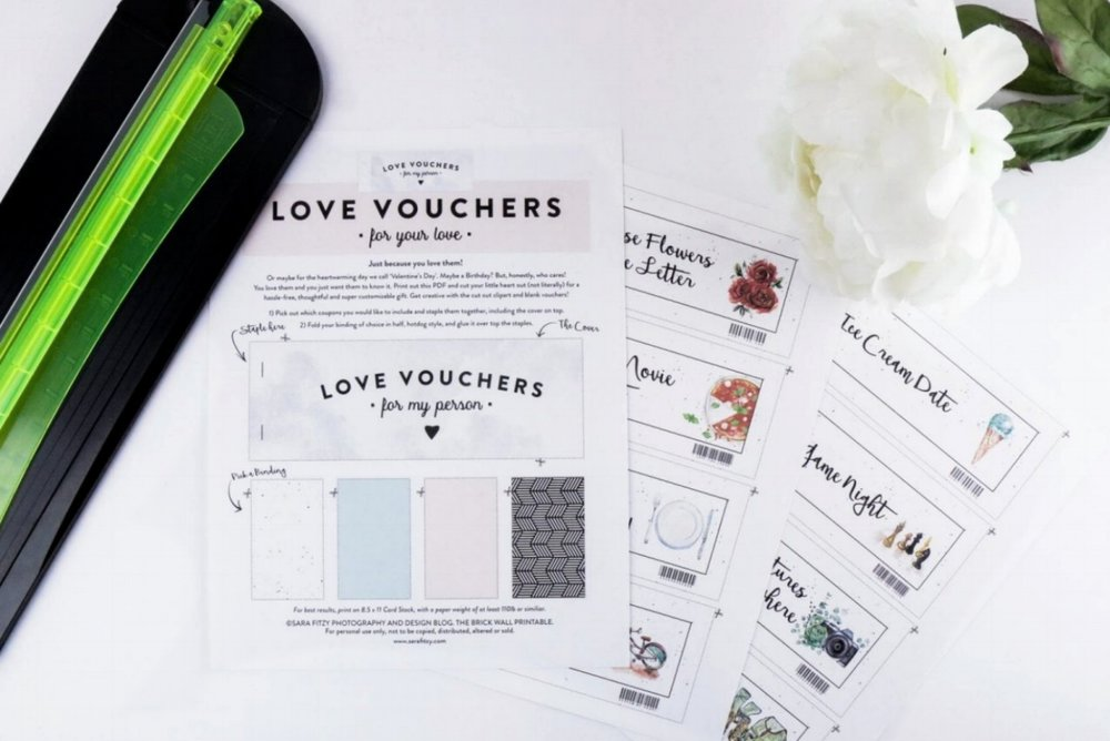LOVE-VOUCHERS-SARA-FITZ-PHOTO-AND-DESIGN-1-1440x960.jpg