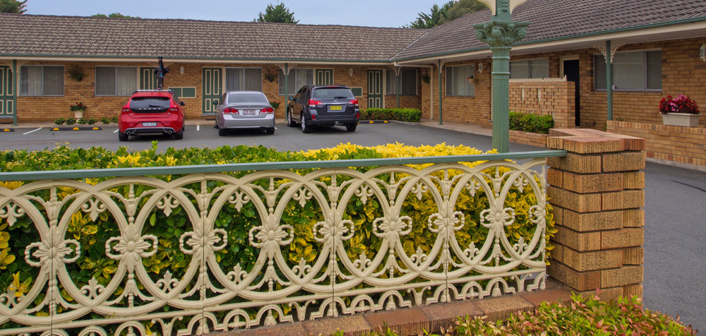 Parkhaven Motel with parking at your door