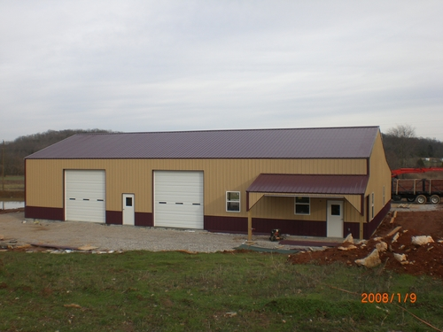 Shop/ 40' x 80' with a 20' lean to