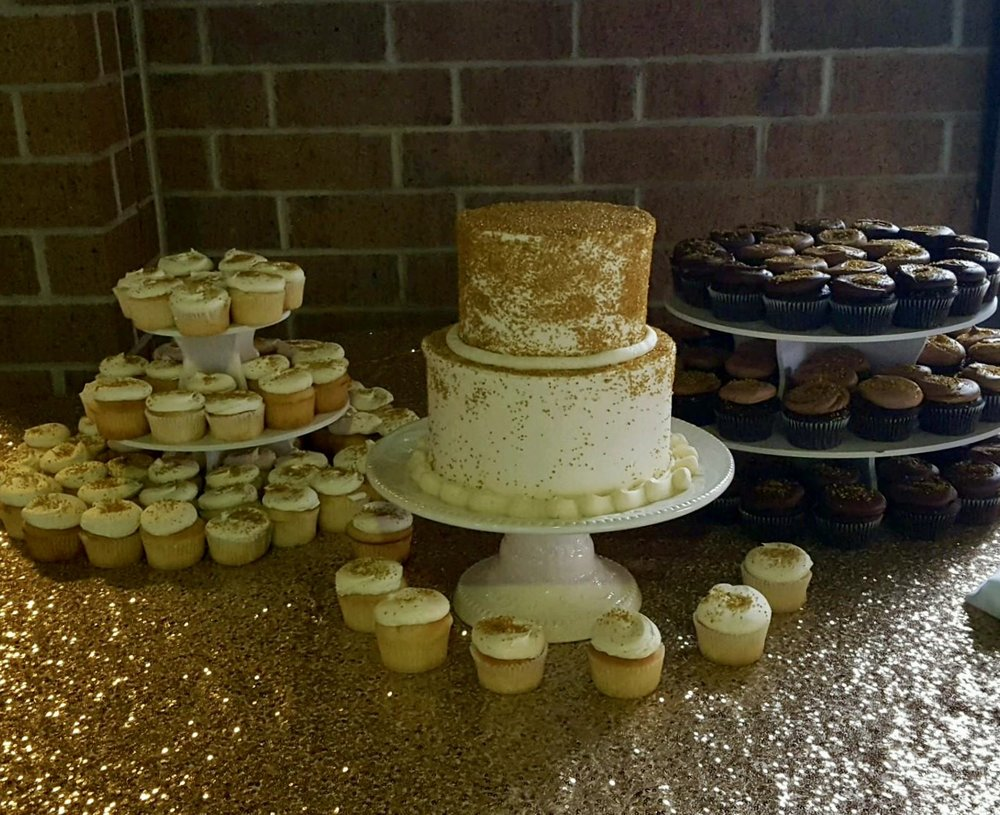 Weddingtwotierwithdesserttable.jpg