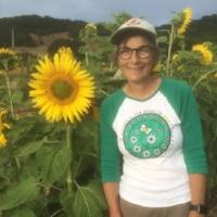 SUSAN KEGLEY Owner of Bees N Blooms Santa Rosa, Ca www.beesnblooms.com