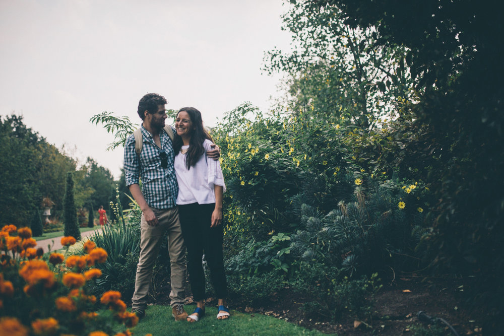 ALEX + ABEER REGENTS PARK LONDON PRESHOOT LOW-3.jpg