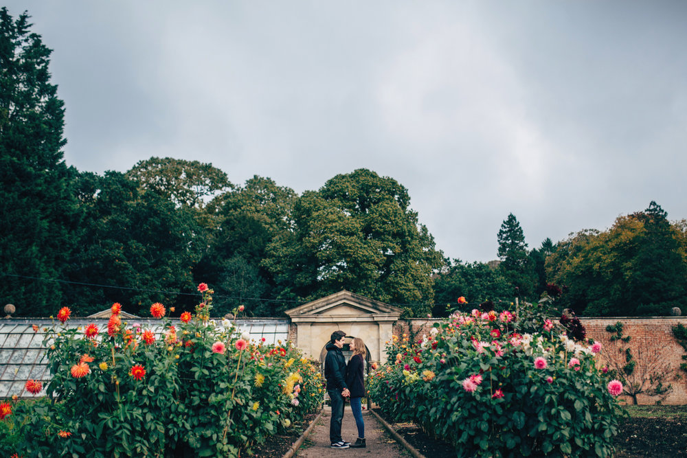 LUCY + STEFFAN TYNTESFIELD PRESHOOT LOW-4.jpg