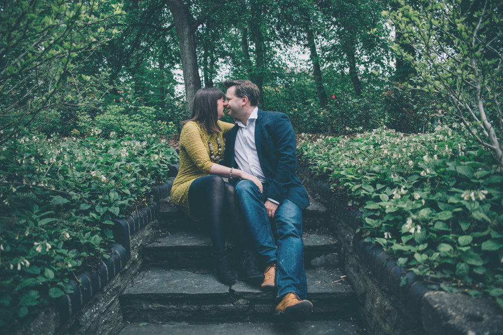 CARLY + MATTHEW TEMPLE GARDEN PRESHOOT-15.jpg