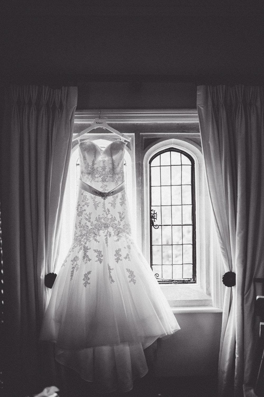 Kerry + Nick Notley Abbey Spring Wedding Low NaomiJanePhotography-29.jpg