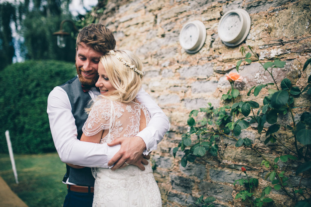 ANNA + SIMON BACK GARDEN RUSTIC WEDDING LOW-476.jpg