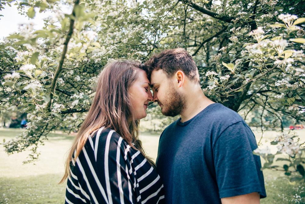 Meg + Theo Victoria Park Pre-shoot web NaomiJanePhotography-11.jpg