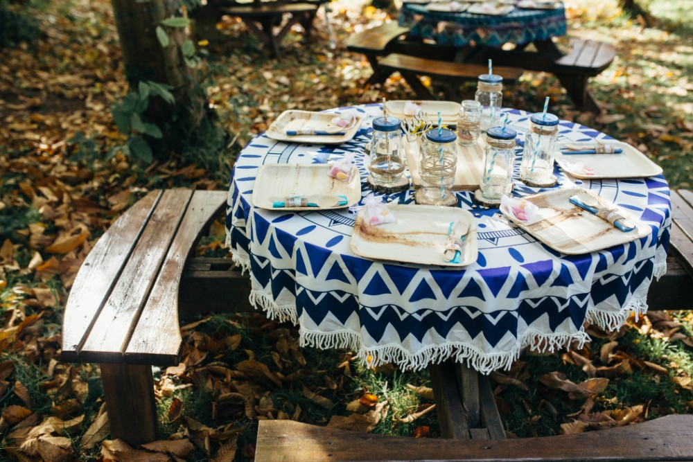 Joe+Lauren Intimate Woodland Handfasting - Naomijanephotography 4.jpg