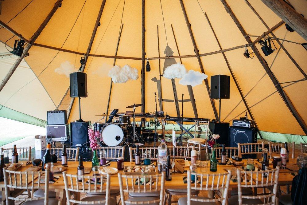 Lizzy + Jack RocknRoll Festival Wedding NaomiJanePhotography-197.jpg