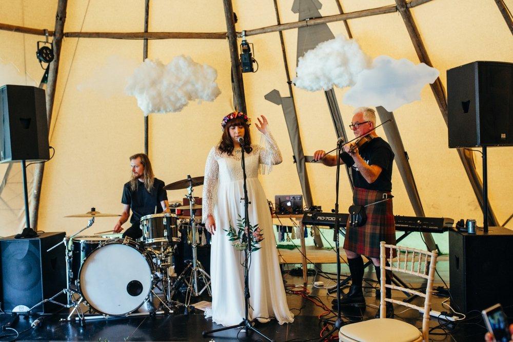Lizzy + Jack RocknRoll Festival Wedding NaomiJanePhotography-302.jpg