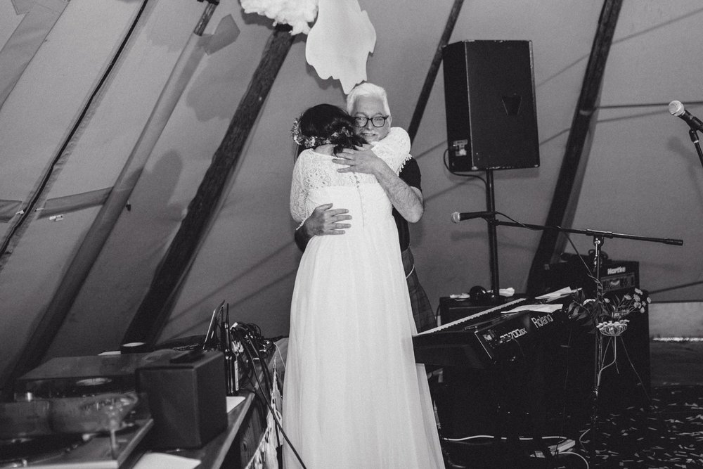 Lizzy + Jack RocknRoll Festival Wedding NaomiJanePhotography-710.jpg