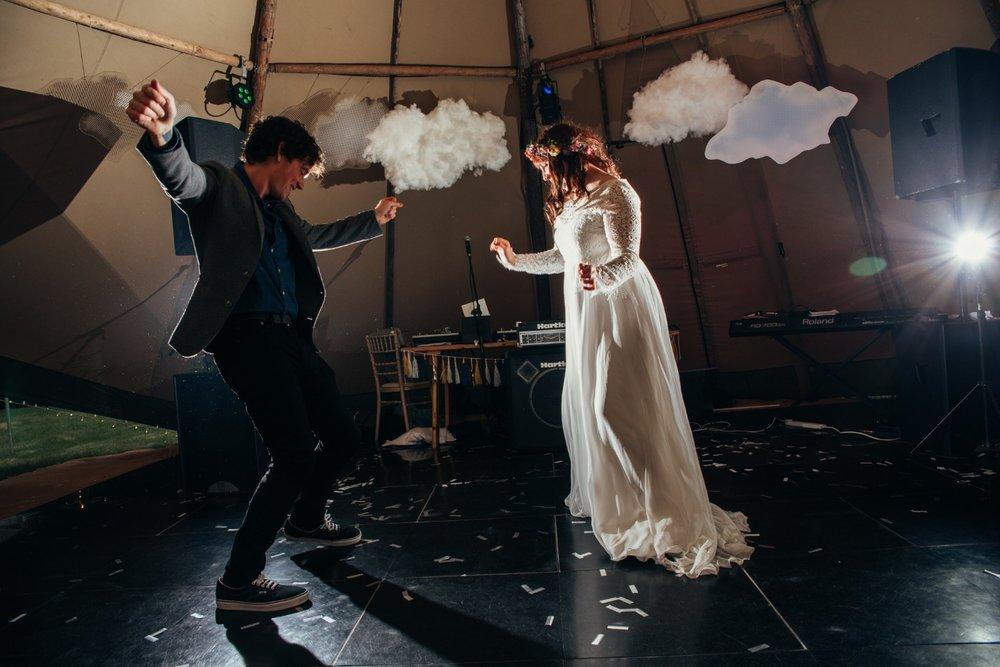 Lizzy + Jack RocknRoll Festival Wedding NaomiJanePhotography-750.jpg
