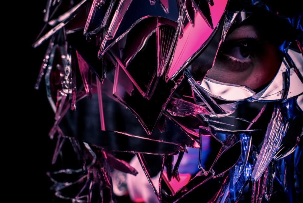 i am you - the mirror mask - till könneker