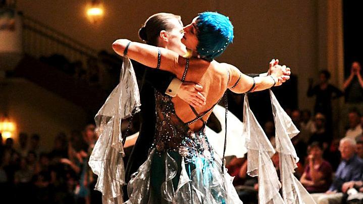 ballroom-rules-waltz