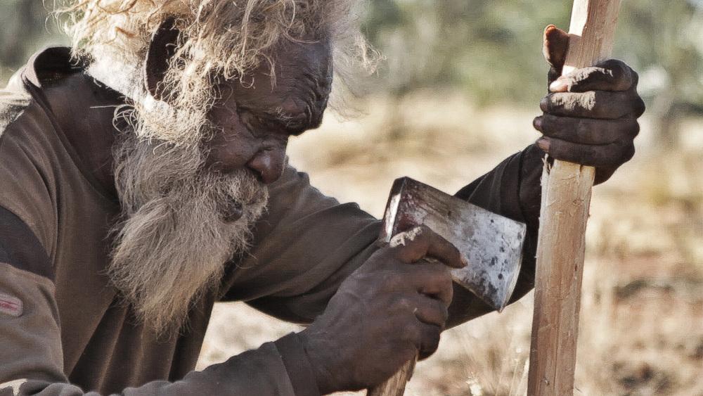7 June, 2012 - Wirrimanu   Wirrimanu Elder Larry Gondura, weapon-making at Men's Camp