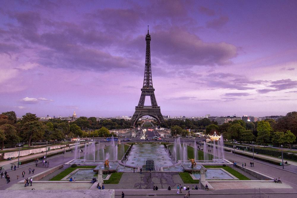 Palais de Chaillot, Paris   Dusk