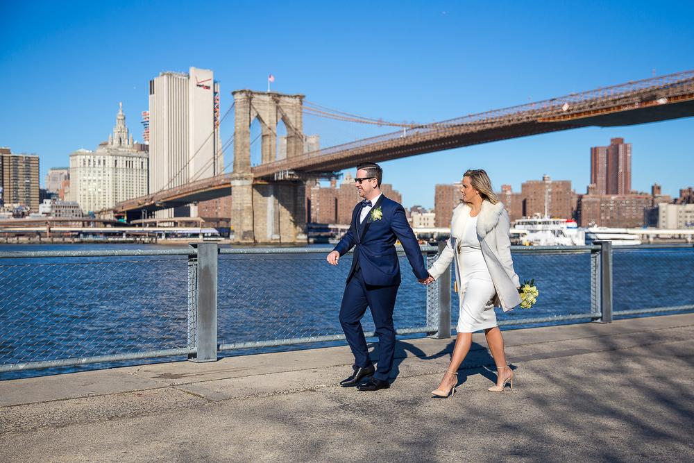 NYC-Wedding-photography-dumbo-train-13.jpg