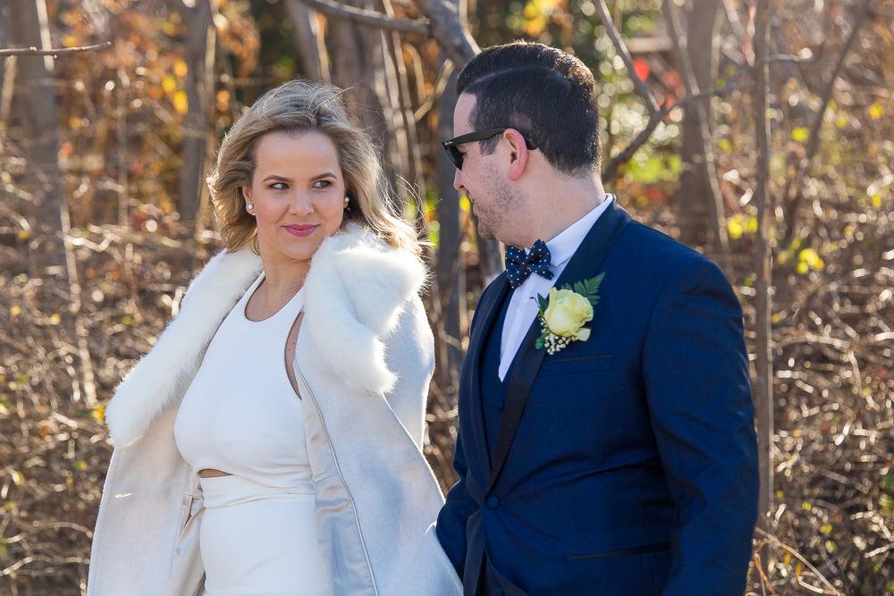 NYC-Wedding-photography-dumbo-train-14.jpg