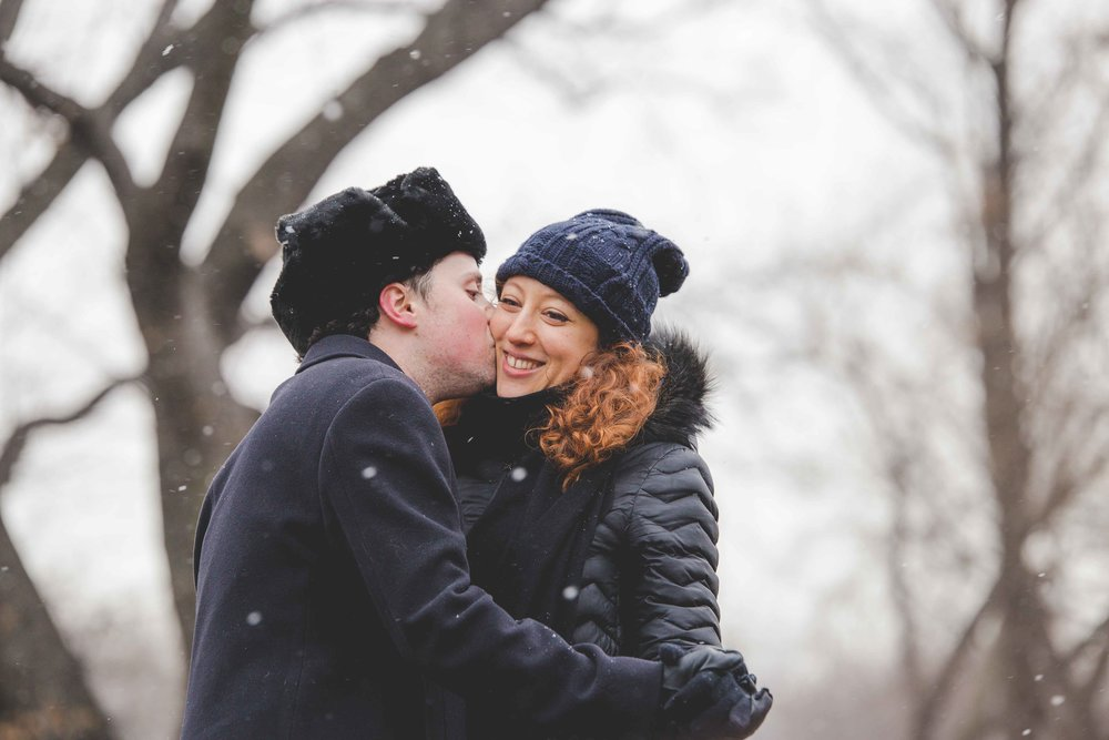 central-park-proposal-engagment-photography-snow-6.jpg