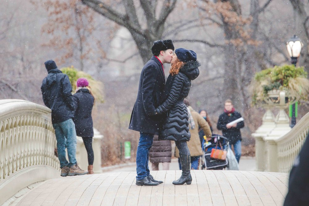 central-park-proposal-engagment-photography-snow-7.jpg