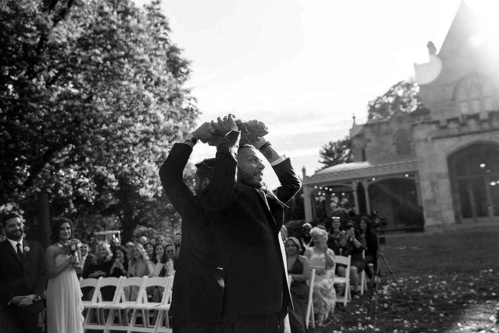 lyndhurst-mansion-amazing-gay-wedding-40.jpg